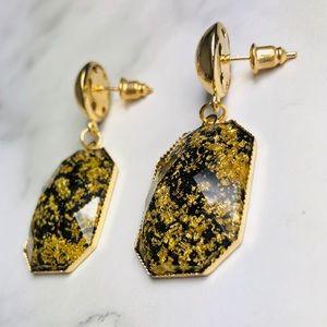 New! Gold Flakes Clear Resin Dangle Earrings Black